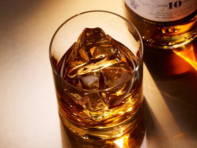 スコッチウイスキー 海外のバーやパブを ぜひ経験しましょう!
