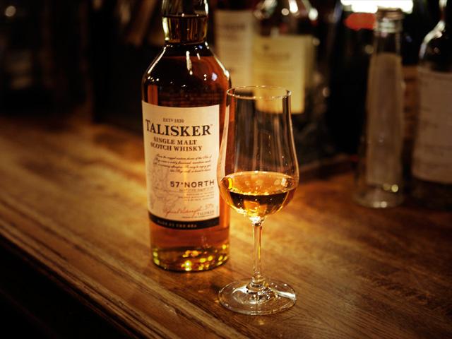 スコッチはスコットランドで作られるウイスキーの意味