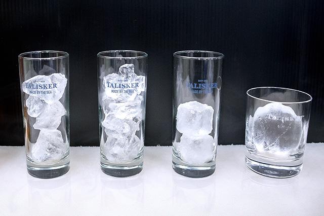 ハイボールにはグラスや氷、ソーダもこだわりのポイント
