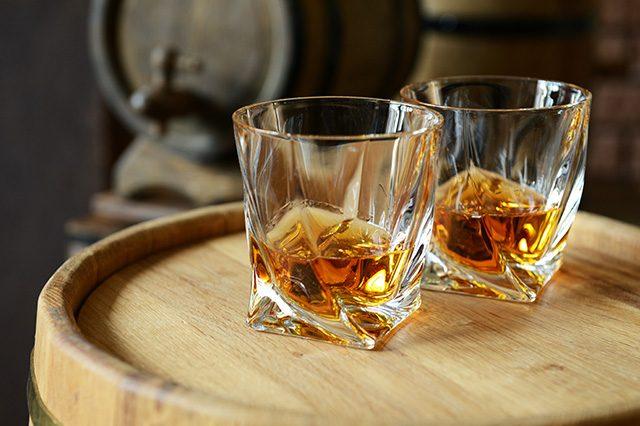 ウイスキーとブランデーの違い